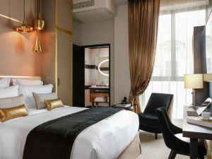 尼皮斯巴黎希爾頓Curio Collection酒店