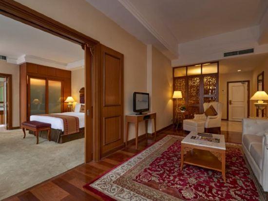 吉隆坡皇家朱蘭酒店(Royale Chulan Kuala Lumpur)行政套房