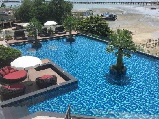 兀蘭酒店芭堤雅度假村(Woodlands Hotel and Resort Pattaya)室外游泳池