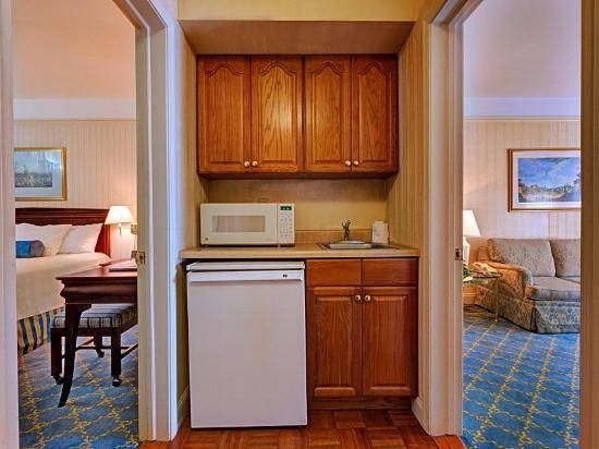 惠靈頓酒店(Wellington Hotel)一卧室套房