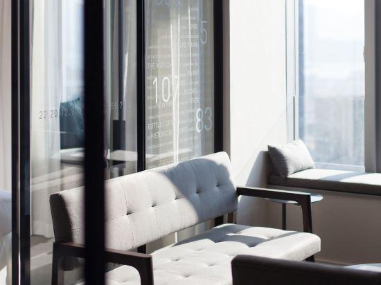 香港九龍貝爾特酒店(Pentahotel Hong Kong Kowloon)貝爾特娛樂特大床套房