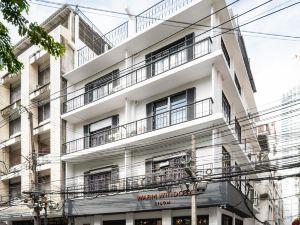 席隆暖窗青年旅舍(Warm Window Silom - Hostel)