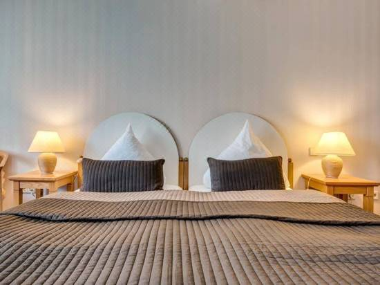 Hotel Restaurant Thuringer Hof Hotel Reviews And Room Rates