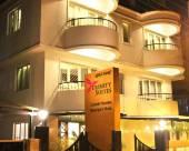 三一套房酒店