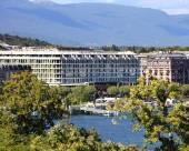日內瓦費爾蒙特大酒店