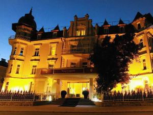 卡爾頓別墅酒店(Hotel Villa Carlton)