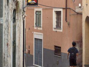 熱那亞馬勒納青年旅館(Manena Hostel Genova)