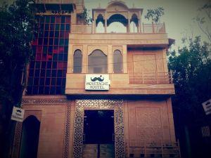 阿格拉胡子青年旅館(Moustache Hostel Agra)