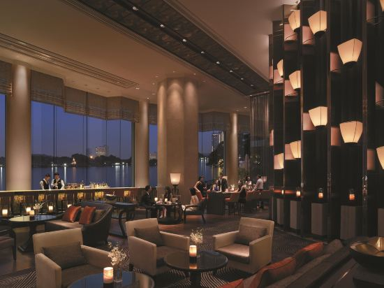 曼谷香格里拉酒店(Shangri-La Hotel Bangkok)餐廳