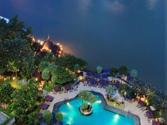 曼谷香格里拉大酒店(Shangri-La Hotel Bangkok)室外游泳池