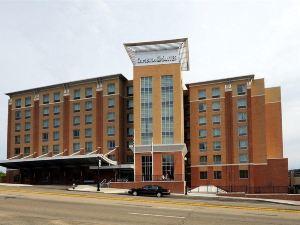 匹茲堡 - 市中心坎布里亞套房酒店(Cambria Hotel & Suites Pittsburgh - Downtown)