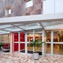 宜必思拉爾科米拉弗洛雷斯酒店