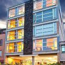 埃斯特拉阿羅普爾託公寓式酒店