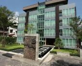 曼谷班努恩阿里五巷酒店