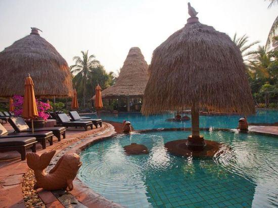 華欣安納塔拉度假酒店(Anantara Hua Hin Resort)室外游泳池