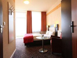 奧斯托利亞艾迪索酒店(Adesso Hotel Astoria)