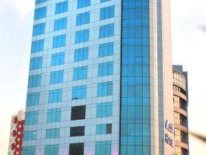 艾爾巴斯塔吉國際大酒店(Al Bastaki International Hotel)