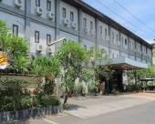 巴厘島艾裏登巴薩烏達拉加陀蘇波洛圖貝達胡魯圖居酒店