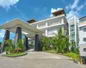 巴厘島新庫塔拉亞烏魯瓦圖艾裏培卡圖英達度假村