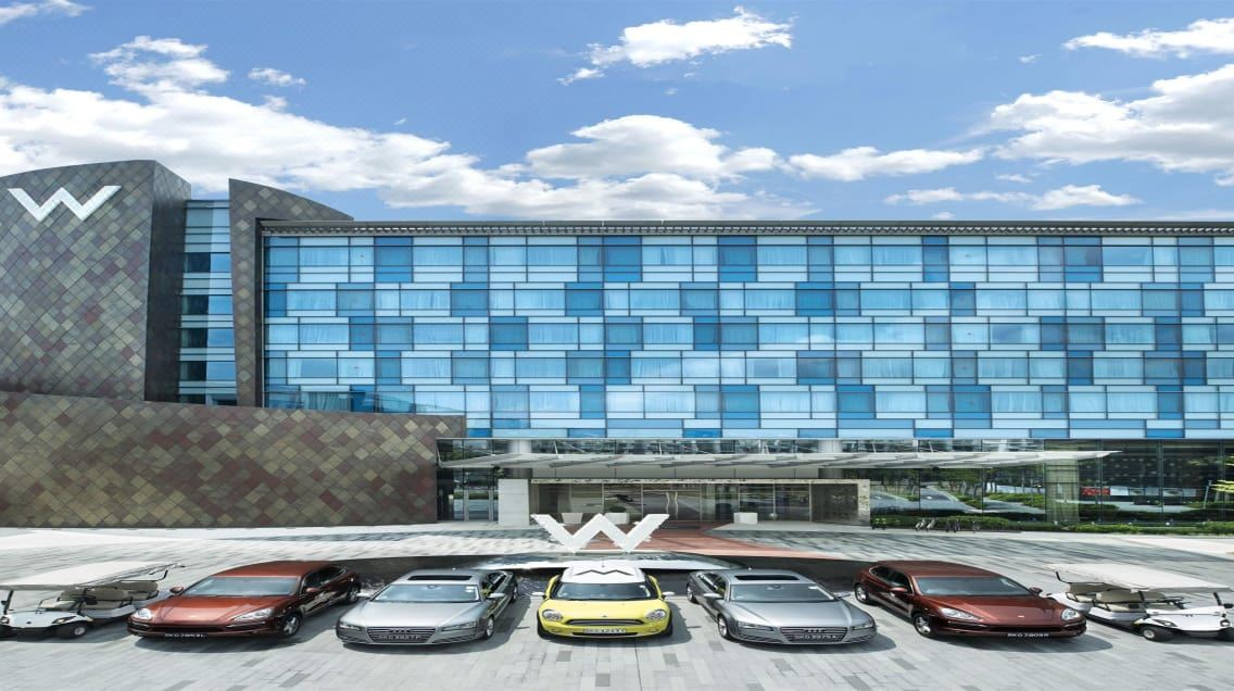 flirting games at the beach hotel singapore airport parking