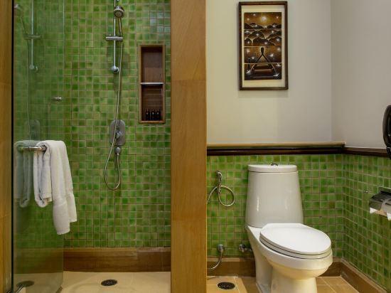 芭堤雅洲際度假酒店(InterContinental Pattaya Resort)泳池露台房