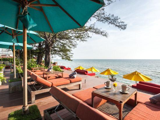 華欣阿爾弗里斯科露天海景度假酒店(Let's Sea Hua Hin Al Fresco Resort)私人海灘