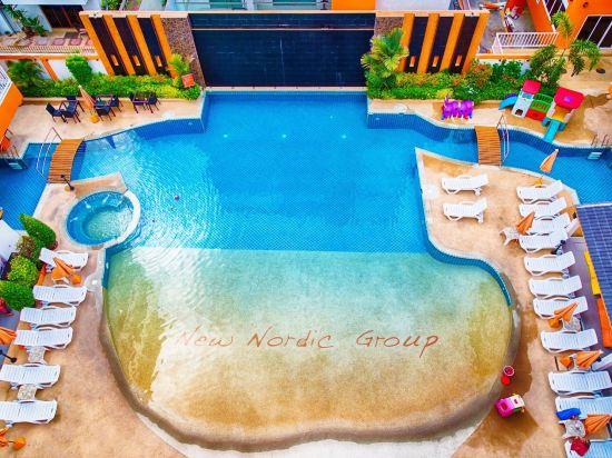 新北歐家庭酒店(Family Residence)室外游泳池