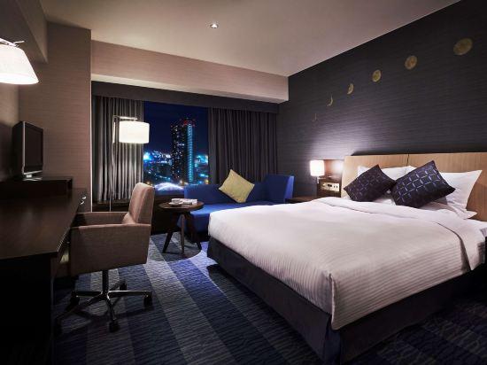 大阪麗嘉皇家酒店(Rihga Royal Hotel)自然舒適樓層-標準大床房