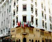 阿爾馬蒙酒店