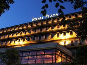 皇家廣場蒙特勒溫泉酒店(Royal Plaza Montreux & Spa)