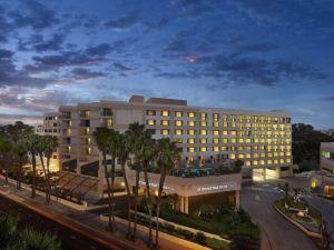 聖莫妮卡希爾頓逸林套房酒店(DoubleTree Suites by Hilton Santa Monica)