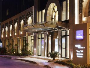 諾富特突尼斯酒店