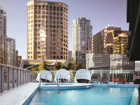 温哥華香格里拉大酒店(Shangri-La Hotel Vancouver)室外游泳池