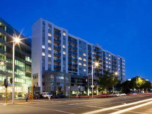 華爾道夫體育場酒店公寓(Stadium Waldorf Apartments)