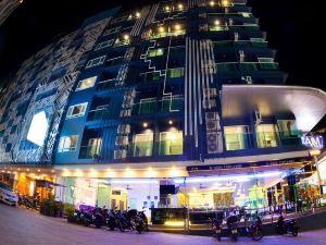 艾姆巴東酒店(The Aim Patong Hotel)