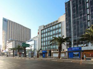 一城哥阿拉米達墨西酒店(One Ciudad de Mexico Alameda)