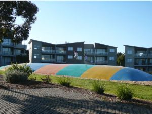 菲利普島銀光清水度假村(Silverwater Resort Phillip Island)