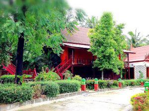 安葩洼亞倫拉特度假村(Jaroenrat Resort Amphawa)