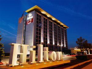 多倫多機場希爾頓酒店(Hilton Toronto Airport Hotel & Suites)