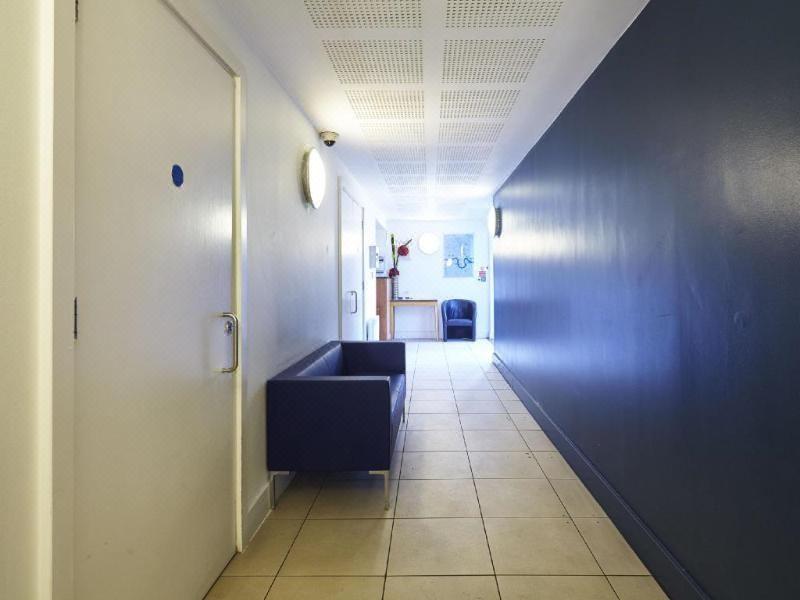 Marlin Apartments Stratford, Hotel reviews and Room rates