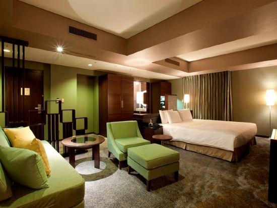 東京汐留皇家花園酒店(The Royal Park Hotel Tokyo Shiodome)精緻特大床套房(標準樓層)