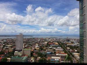 宿務豪華復式公寓(Luxury Loft in Cebu City)