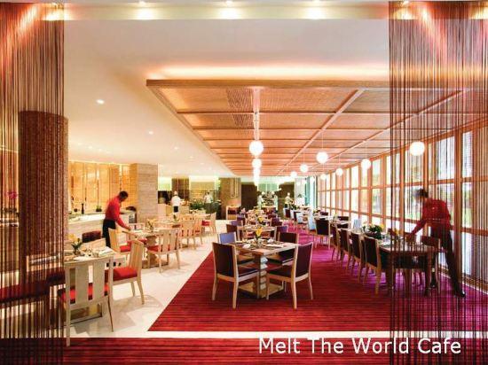 新加坡文華東方酒店(Mandarin Oriental, Singapore)餐廳