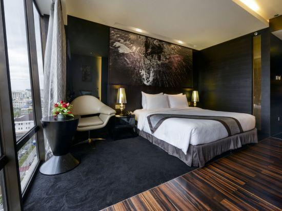 豪麗勝酒店(Horizon Hotel)高級城景特大床房