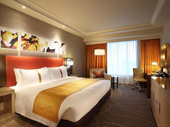 澳門金沙城中心假日酒店(Holiday Inn Macao Cotai Central)高級套房 - 帶特大號床或兩張雙人床