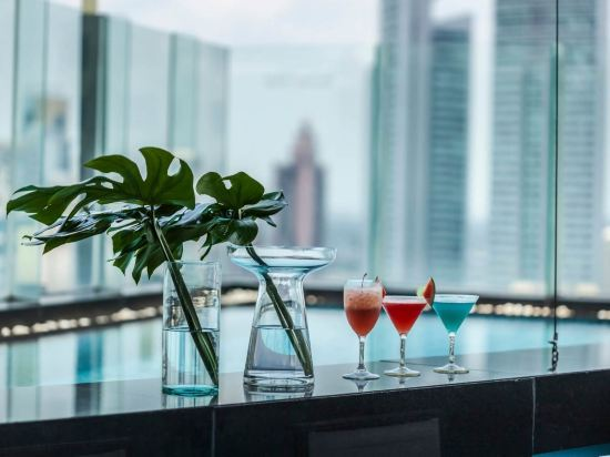 康帕斯酒店集團曼谷歐陸酒店(The Continent Bangkok by Compass Hospitality)室外游泳池