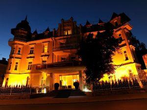 卡爾頓別墅酒店
