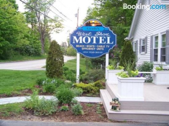 Grady's West Shore Motel, Hotel reviews and Room rates