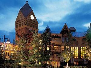 恩巴克惠斯勒酒店(Embarc Whistler)