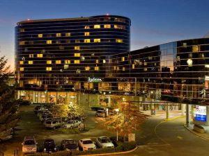 溫哥華機場麗笙酒店(Radisson Hotel Vancouver Airport)